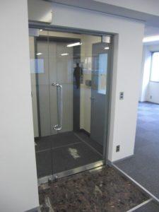6階 2か所の入口 理工図書ビル ワンプラスワン